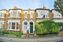 Flat to rent in Galveston Road, London...
