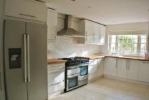 4 bedroom End of Terrace home in Seaton Close, London...