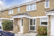 2 bed Terraced home to rent in Pettiward Close, Putney...