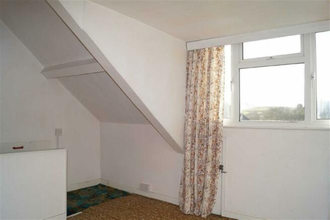 Loft room / Dormer b