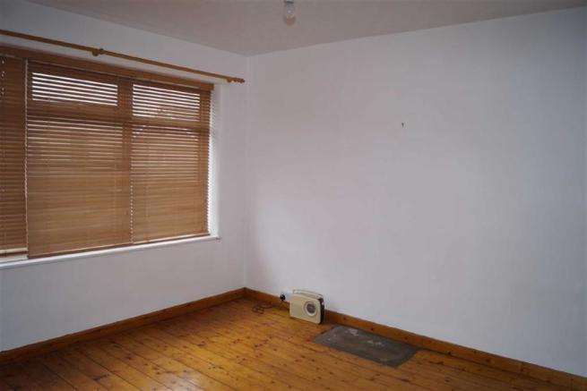 Front bedroom (two)