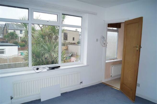 Front bedroom (three