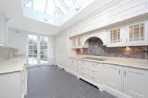 6 bedroom Detached house in Highdown Road, London...