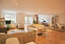 3 bedroom Flat to rent in Arcadian Place, London...