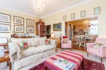 Flat for sale in Wandsworth Common West...