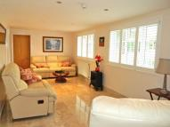 3 bedroom semi detached house to rent in Lughorse Lane, Yalding...