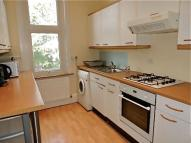 Flat to rent in Lordship Lane...