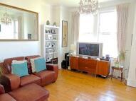 2 bedroom Flat to rent in Rosendale Road...