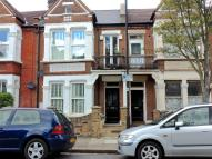 Ground Flat to rent in Hawarden Grove...