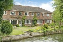 2 bed Terraced home for sale in Romsey