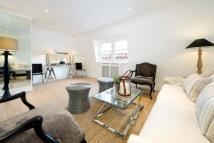 3 bed Flat to rent in Nassau Street, London...