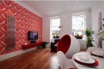 Flat to rent in Fitzroy Street, London...