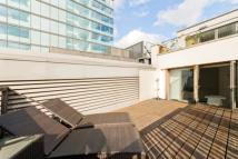 Flat to rent in Percy Street, Fitzrovia...