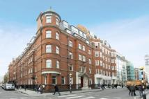 Flat to rent in Berners Street...