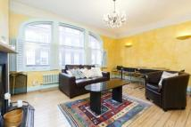 Broadwick Street Flat to rent