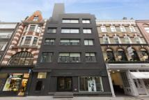 Flat to rent in Rathbone Place...