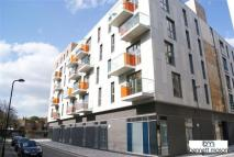 1 bed Apartment in Hoxton Wharf...