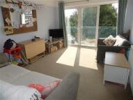 Apartment in Kelvin Road, London