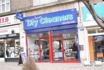Commercial Property in Green Lanes, London