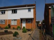 Flat to rent in St. Clements Road...