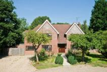 4 bedroom Detached house for sale in Ebury Close, Northwood...