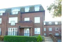 2 bed Ground Flat in Clarendon Court...