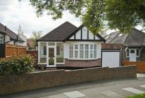 3 bedroom Detached Bungalow in Fairfield Avenue...
