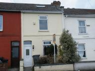 2 bedroom house in Crofts End Road...