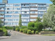 2 bedroom Flat in Ingledew Court, Leeds...