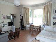 1 bed Studio flat in Cromwell Avenue