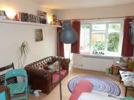 Ground Flat to rent in Archway Road