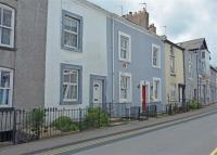 Town House for sale in Fountain Street...