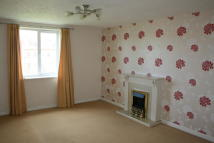 Lords Way Flat to rent