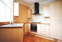 Flat to rent in 2 Belinda Road Brixton...