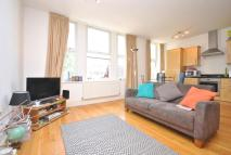 2 bedroom Flat in Haselrigge Road Clapham...