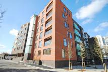 Flat to rent in Meadow Row Elephant &...