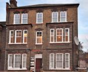 Flat to rent in Shakespeare Road Brixton...