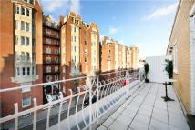 Flat for sale in Moscow Road, London, W2