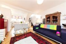 Flat for sale in Clarendon Road, London...