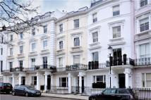 2 bed Flat in Lansdowne Crescent...