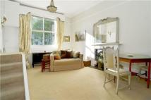 Flat to rent in Arundel Gardens, London...
