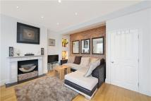 Apartment to rent in Ashmore Road, London, W9