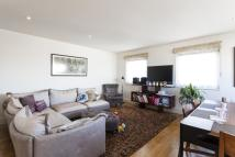 2 bedroom Apartment to rent in Hereford Road London W2