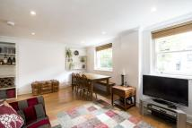 2 bed Flat in St. Stephens Gardens...