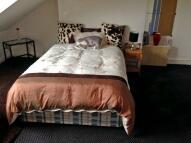 Studio apartment in Austhorpe Road, Leeds...