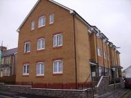 Flat to rent in 6 Brook Court, Bridgend...