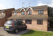 3 bedroom semi detached home to rent in George Thomas Close...
