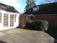 3 bedroom semi detached house to rent in Kingsway, Chandler's Ford