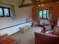 2 bed Barn Conversion in Walsal End Lane...