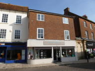 Apartment to rent in Market Place, Romsey
